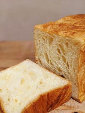 デニッシュ食パンの写真